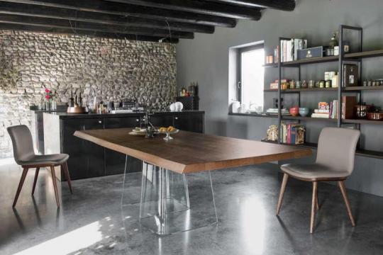 Moderna miza za jedilnico